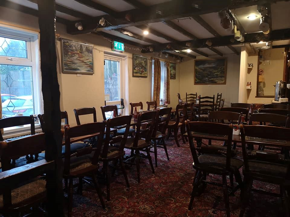 Butchers Arms Bunkhouse ,Restaurant and Brew Pub